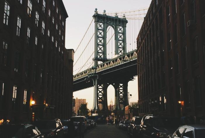 city-dark-new-york-bridge